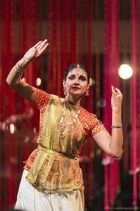 Performing at Kalaa Utsavam Indian Arts Festival at the Esplanade Theatre in Singapore, November 2014